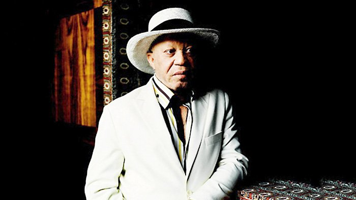 Salif Keita Acoustic au Carreau du Temple