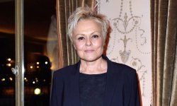 Muriel Robin : ses paroles chantées par Johnny Hallyday
