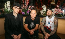 "Blink 182 dévoile ""Bored To Death"""